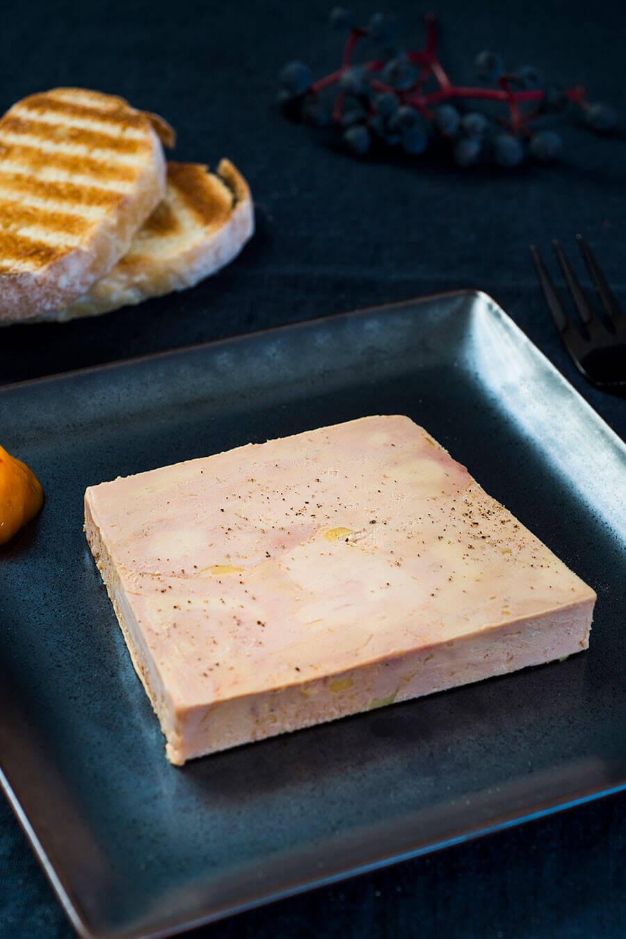 Foie gras de Canard au naturel mi-cuit